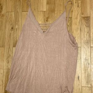 Soft and Sexy American Eagle Tank stop